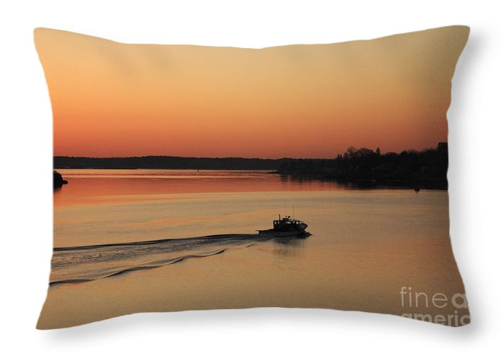 Harbor Throw Pillow featuring the photograph Portsmouth Harbor - Portsmouth New Hamphire Usa by Erin Paul Donovan