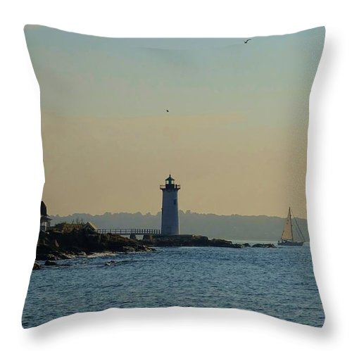 Portsmouth Throw Pillow featuring the photograph Portsmouth Harbor Lighthouse by Red Cross
