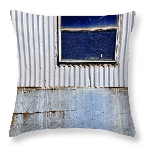 Skip Hunt Throw Pillow featuring the photograph Powder Blu by Skip Hunt