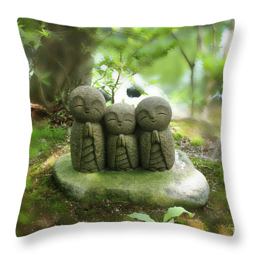 Stone Figures Throw Pillow featuring the photograph Prayer by Eena Bo