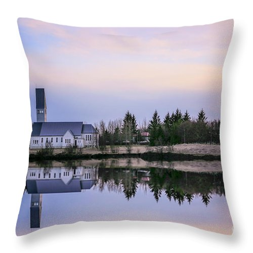 Kremsdorf Throw Pillow featuring the photograph Prelude To Silence by Evelina Kremsdorf