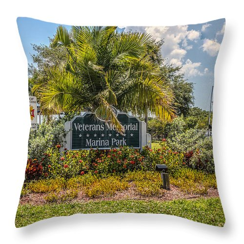Florida Throw Pillow featuring the photograph Pretty Garden by Jane Luxton