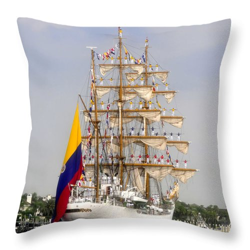 Columbia Throw Pillow featuring the photograph Pride Of Columbia by David Lee Thompson