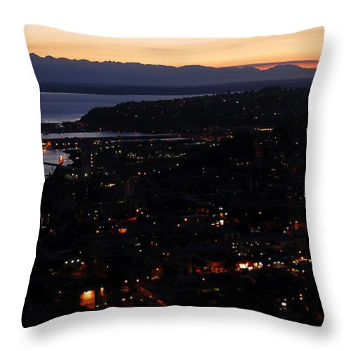 Fine Art Photography Throw Pillow featuring the photograph Puget Sound Sunset by David Lee Thompson