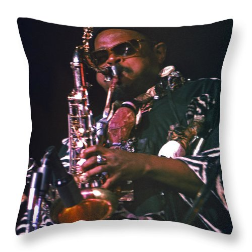 Rahsaan Roland Kirk Throw Pillow featuring the photograph Rahsaan Roland Kirk 4 by Lee Santa