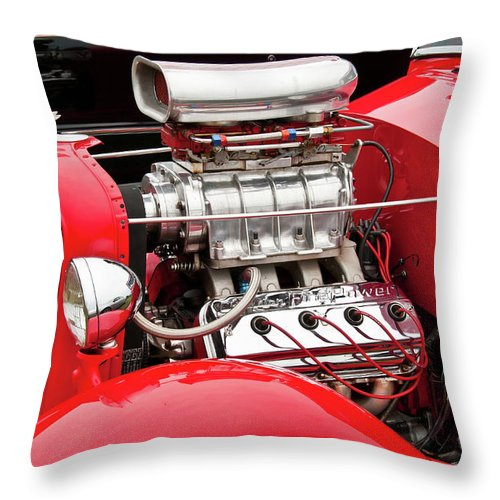 Antique Car Throw Pillow featuring the photograph Red 1992 by Guy Whiteley