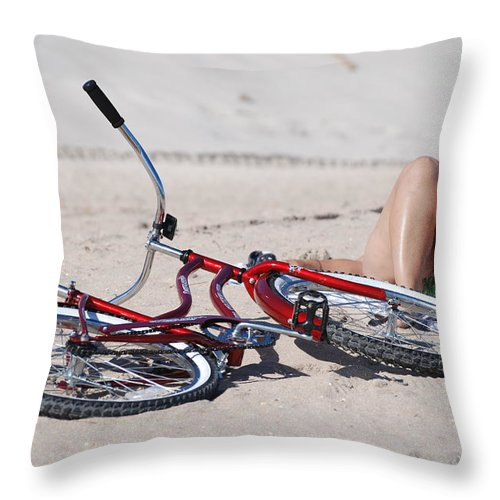 Red Throw Pillow featuring the photograph Red Bike On The Beach by Rob Hans
