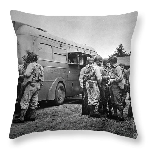 1942 Throw Pillow featuring the photograph Red Cross: Clubmobile by Granger