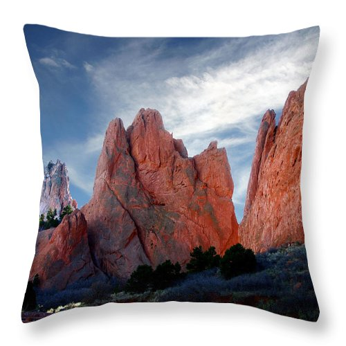 Garden Of The Gods Throw Pillow featuring the photograph Red Rock by Anthony Jones