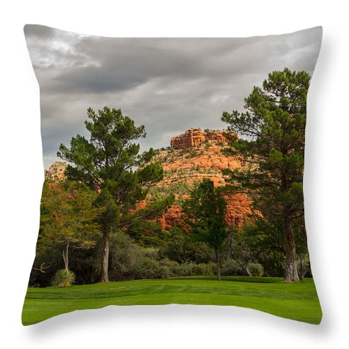 Fairway Throw Pillow featuring the photograph Red Rock Fairway by Susan Westervelt