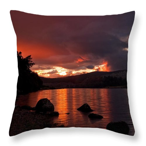 Scotland Throw Pillow featuring the photograph Red Skies Over Loch Rannoch by Bel Menpes