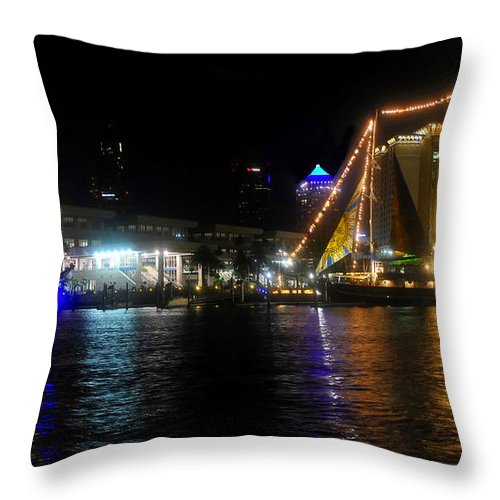 Tampa Bay Florida Throw Pillow featuring the photograph Reflections On Tampa Bay by David Lee Thompson