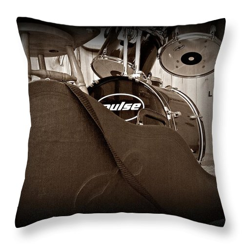 Guitar Throw Pillow featuring the photograph Rehearsal Time by Steve Cochran