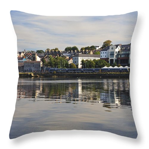 County Londonderry Throw Pillow featuring the photograph River Foyle by David Taylor