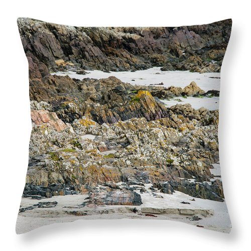 Isle Of Iona Throw Pillow featuring the photograph Rocky And Sandy Beach by Bob Phillips