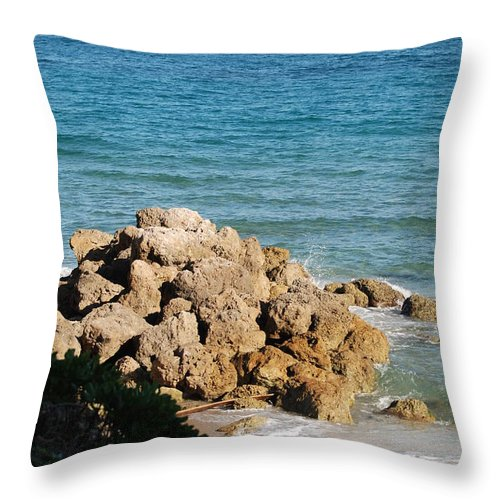 Sea Scape Throw Pillow featuring the photograph Rocky Shoreline by Rob Hans