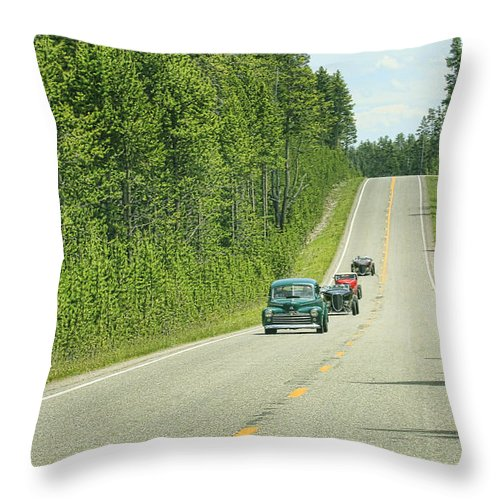 1932 Ford Throw Pillow featuring the photograph Rod Run by Steve McKinzie