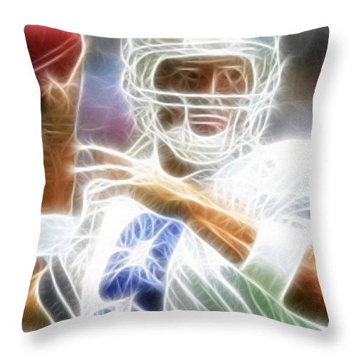 Tony Romo Throw Pillow featuring the digital art Romo by Paul Van Scott