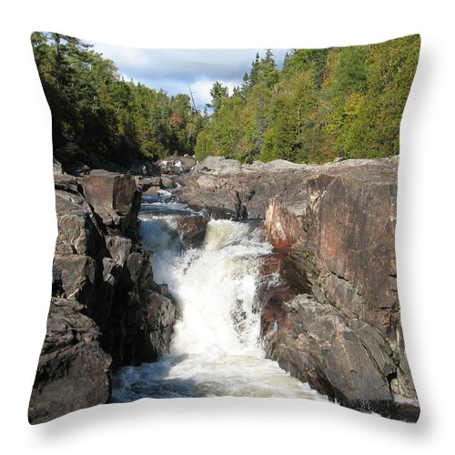Waterfall Throw Pillow featuring the photograph Rosetone Falls by Kelly Mezzapelle
