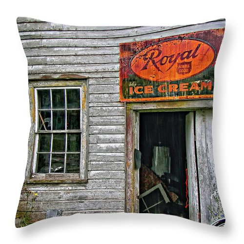 Store Throw Pillow featuring the photograph Royal Ice Cream by Steve Harrington
