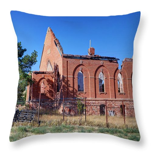 Ruined Throw Pillow featuring the photograph Ruined Church In Rural Utah by Gary Whitton