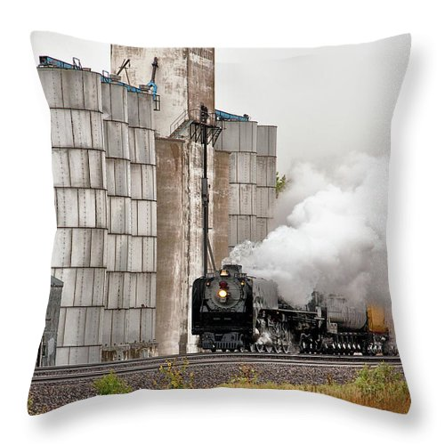 Up Throw Pillow featuring the photograph Running Under Steam by Quality RailFan Images
