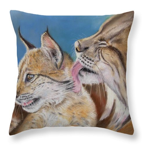 Iberian Lynx Throw Pillow featuring the painting Saliega Y Brezo by Ceci Watson