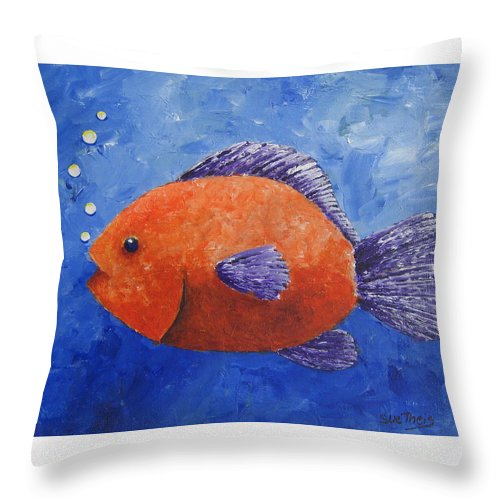 Fish Throw Pillow featuring the painting Sammy by Suzanne Theis