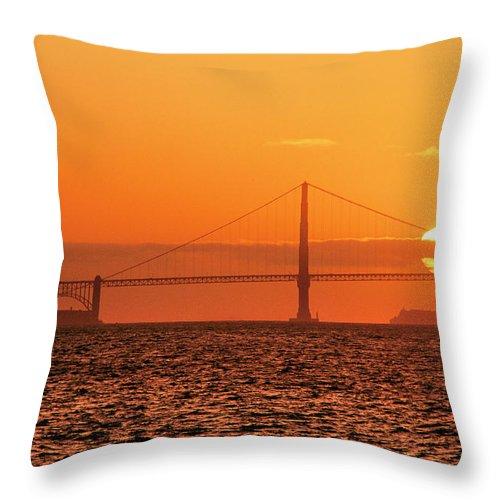 Golden Gate Bridge Throw Pillow featuring the photograph San Francisco Sunset by Hans Mauli