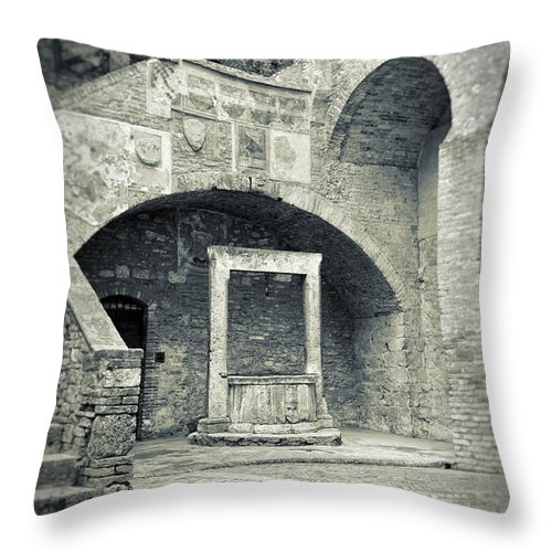 Ancient Throw Pillow featuring the photograph San Gimignano - Medieval Well by Silvia Ganora