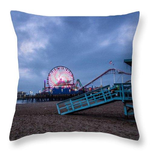 Landscape Throw Pillow featuring the photograph Santa Monica Pier by Steven Hirsch