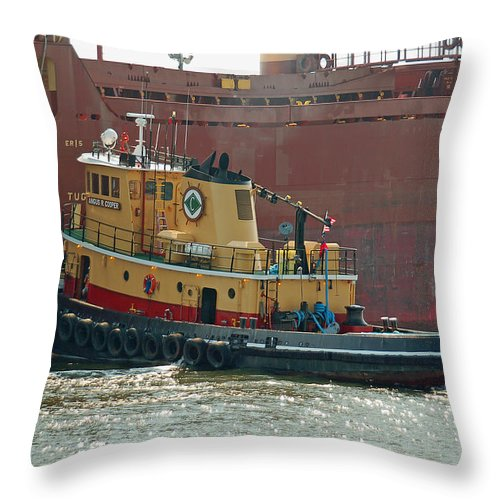 Tug Throw Pillow featuring the photograph Savannah River Tug by Suzanne Gaff