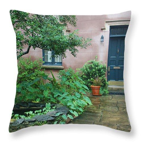 Savannah Throw Pillow featuring the photograph Savannah Style by Suzanne Gaff