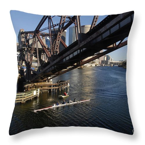 Sculling Throw Pillow featuring the photograph Sculling The Hillsborough by David Lee Thompson