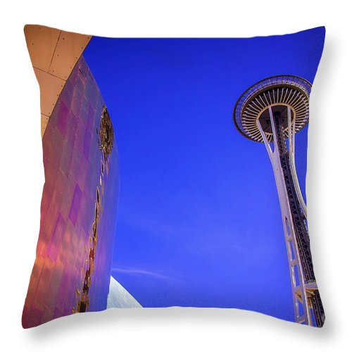 Seattle Throw Pillow featuring the photograph Seattle Space Needle by Joan McCool
