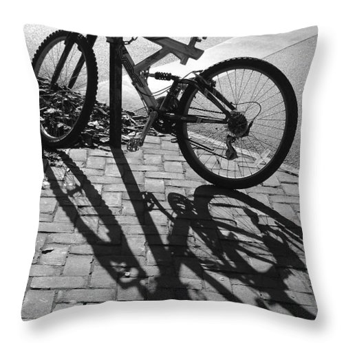 Black And White Throw Pillow featuring the photograph Shadow Play by Suzanne Gaff