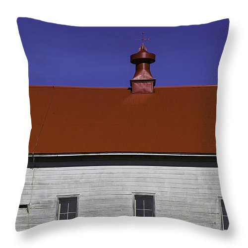 Shaker Throw Pillow featuring the photograph Shaker Building by Garry Gay