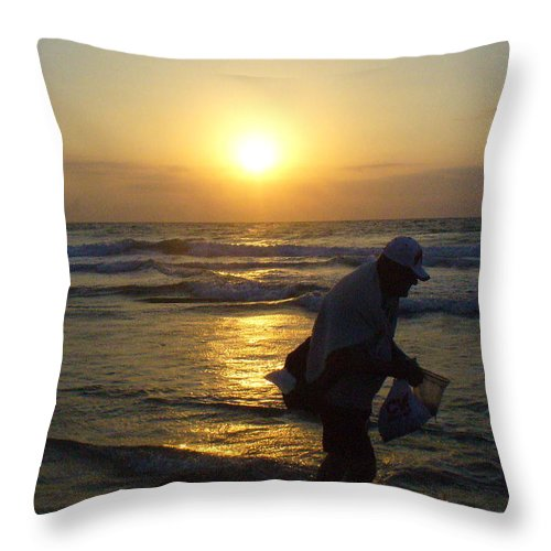 Beach Throw Pillow featuring the photograph Shell Seeker by Peggy King