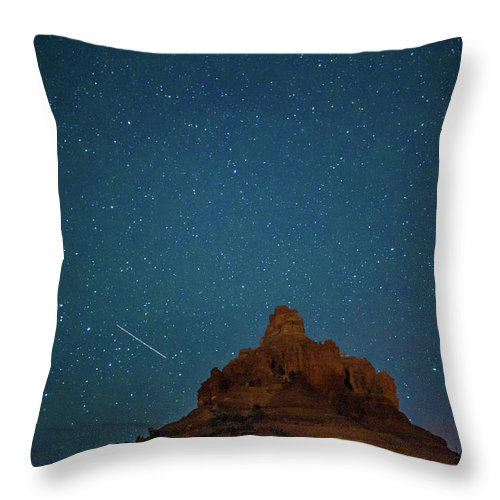 Landscape Throw Pillow featuring the photograph Shooting Star At Bell Rock by Nana Suzuki