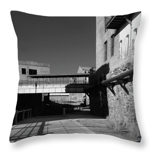 Architecture Throw Pillow featuring the photograph Silence On The Banks Of The Chattahoochee by Dick Goodman