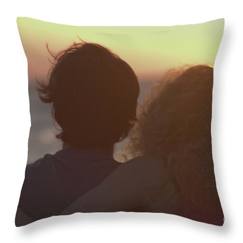 Silhouette Throw Pillow featuring the photograph Silhouette Of A Romantic Couple by Ilan Rosen
