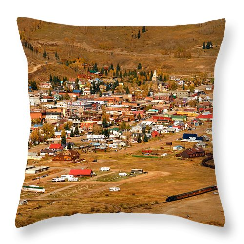 Silverton Colorado Throw Pillow featuring the photograph Silverton by David Lee Thompson