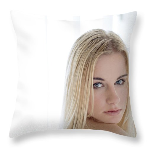 Sensual Throw Pillow featuring the photograph Sincere by Olivier De Rycke
