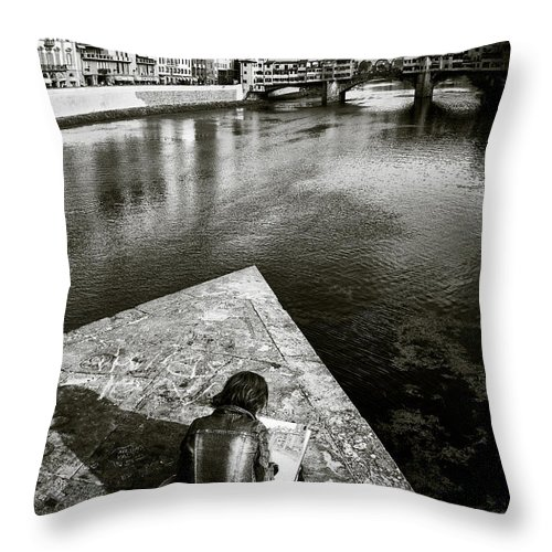 Sketching Throw Pillow featuring the photograph Sketching by Dave Bowman