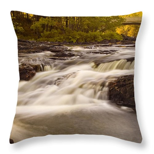 Rapids Throw Pillow featuring the photograph Skootamata River by Linda McRae