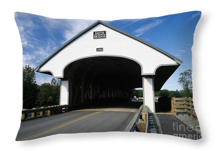 Bridge Throw Pillow featuring the photograph Smith Covered Bridge - Plymouth New Hampshire Usa by Erin Paul Donovan