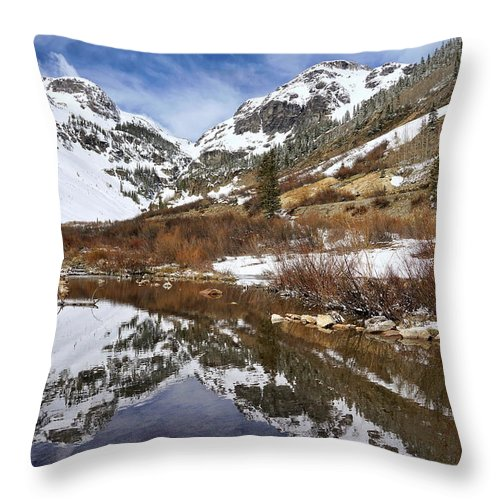 Colorado Throw Pillow featuring the photograph Snow-capped Refections by Leda Robertson