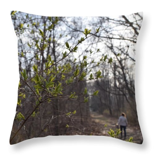People Throw Pillow featuring the photograph Soaking In by Caren DeCesaris