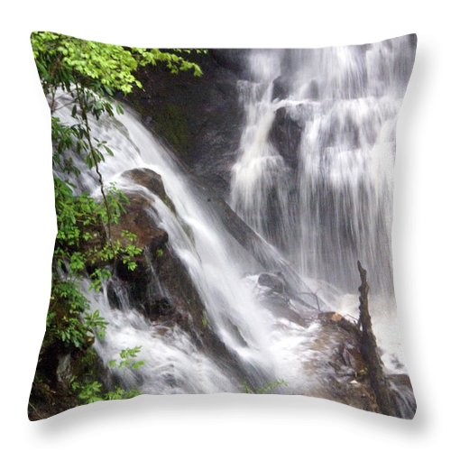 Soco Galls Throw Pillow featuring the photograph Soco Falls 2 by Marty Koch