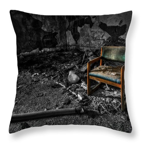 Chair Throw Pillow featuring the photograph Sole Survivor by Evelina Kremsdorf